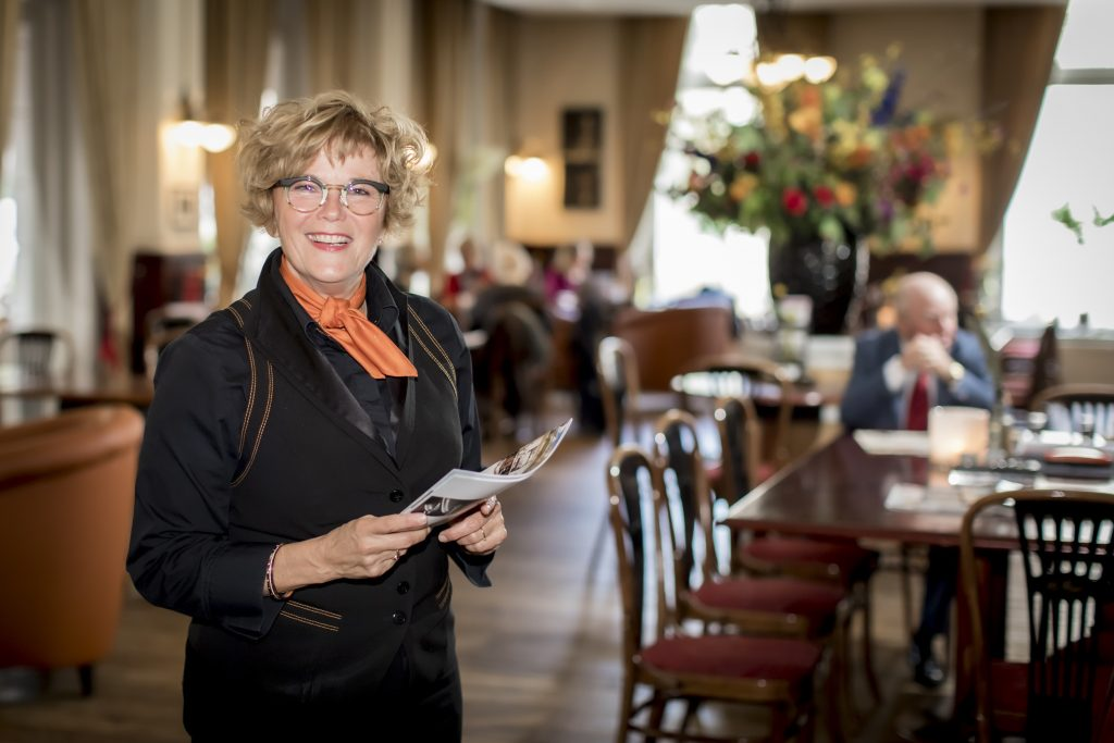 Ineke Renema, gastvrouw bij Grand Hotel Wientjes